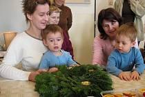 V prostějovském klubu dvojčat se pravidelně schází rodiče asi třiceti dvojčat.