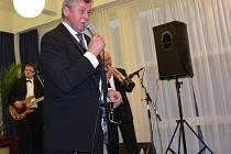 Koncert Ladi Kerndla v Teplicích nad Bečvou si vychutnaly desítky posluchačů.