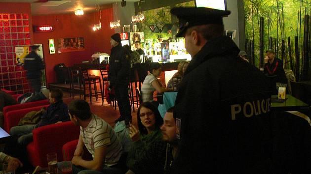 Policejní zátah v restauracích