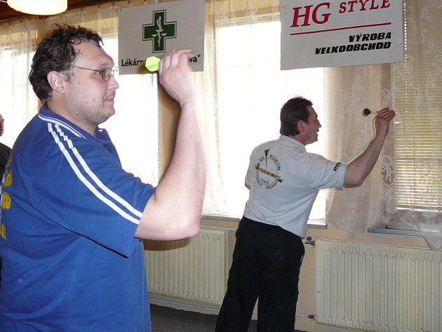 Šipkaři v Kojetíně vytvořili nový český rekord, během 32 hodin naházeli 495 161 bodů.