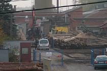 Nedělní poklid zajistila obyvatelům Potštátské ulice v Hranicích až hlídka Městské policie.