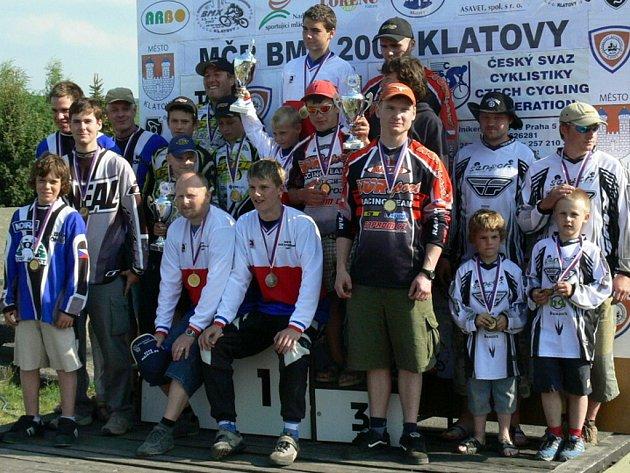 Medailemi za první místo v kategorii klubů v České republice se nyní mohou chlubit hraničtí jezdci.