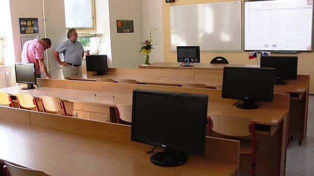 Nová, moderně vybavené fyzikální laboratoř v hranickém gymnaziu