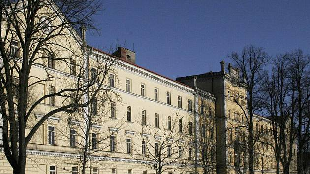 Budova T. G. Masaryka v Hranicích je součástí zdejších kasáren