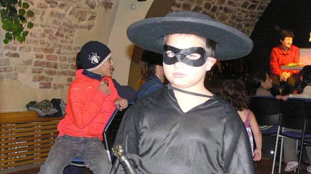 Dětský karneval v hranickém Zámeckém klubu