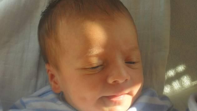 Vojtěch Röder, Střítež nad Ludinou, narozen dne 3.srpna 2014 v Přerově, míra: 48cm, váha: 3390 g