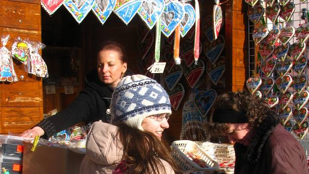 Přerovské náměstí žije velikonočními trhy.