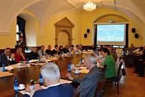 Jednání zastupitelstva ve čtvrtek 28. dubna