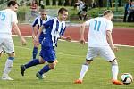Fotbalisté Hranic (v pruhovaném) proti MFK Havířov
