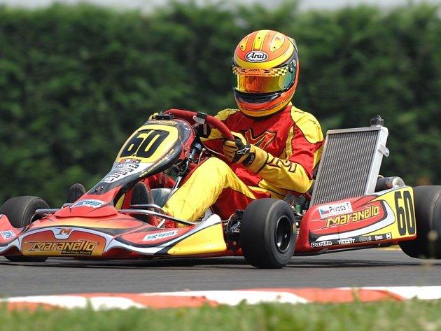 Pivoda má před posledním závodem ještě teoretickou šanci na vítězství v šampionátu.