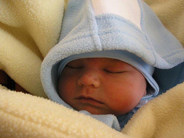 Martin Paroulek, Skalička, narozen 19.března 2011 v Olomouci, míra 52 cm, váha 4 020g