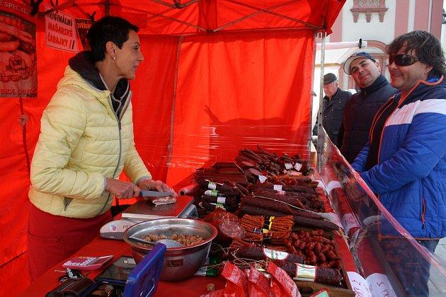 Farmářské trhy na hranickém náměstí