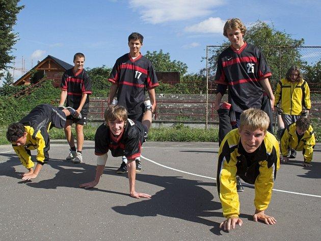 Mladší dorost zahájil přípravu na sezonu v nejvyšší soutěži již v červenci.