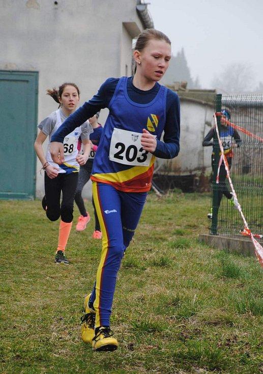 Tereza Haitlová (druhá v kategorii mladších žaček) na Jarním běhu v Přerově.