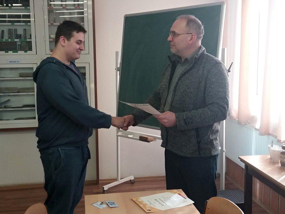 Z krajského kola soutěže v odborných dovednostech Kovo junior si odvezl Pavel Kořenek 1. místo a Tomáš Stavárek 2. místo (na snímku).