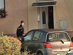 U rodinného domu v Teplicích nad Bečvou, který patří starostovi obce, v úterý ráno zasahovali policisté