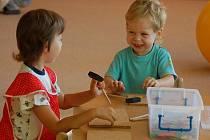 Novou mateřskou školu v Sokolské ulici, která je odloučeným pracovištěm keramické MŠ v Máchově ulici, v úterý 1. září slavnostně otevřel přerovský primátor Jiří Lajtoch.