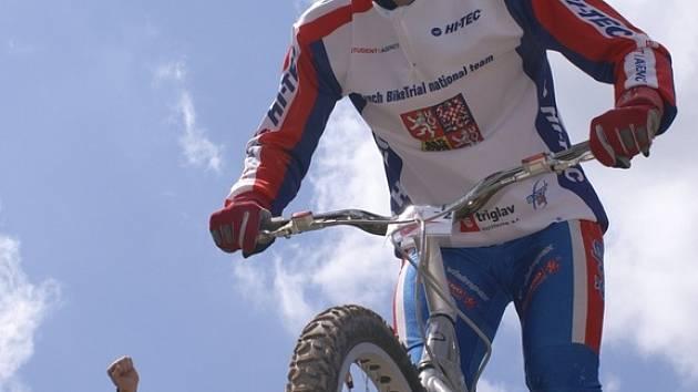 Pavel Procházka vybojoval v Belgii na mistrovství Evropy a kategorii Senior stříbrnou medaili.