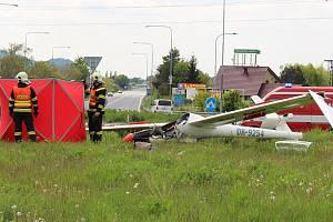Nehoda větroně v blízkosti drahotušského letiště - 8. května 2019