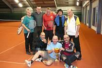 Hraničtí tenisté hráli v Suchdole naposledy v hale.