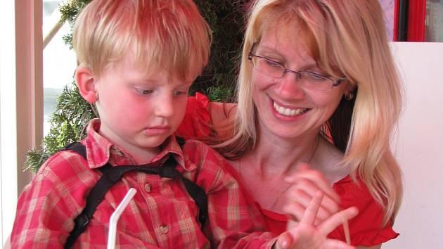 Malý Ondra nad nemocí zvítězil. Následkem nemoci však přišel o sluch.