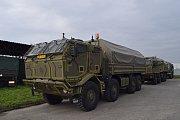 Dvanáct nových vozů Tatra-815 8x8 PRAM. převzal 71. mechanizovaný prapor v Hranicích