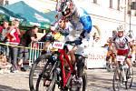 V pátek 1. května si to jezdci rozdali na náměstí T. G. Masaryka v Lipníku nad Bečvou, kde se jel MTB sprint.