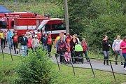 Loučení s prázdninami v Hluzově zpestřila hasičská soutěž v požárním sportu