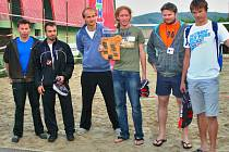 Milovníci beachvolejbalu se scházejí na Switch Cupu pravidelně.