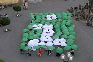 Na vytvoření nového českého rekordu se v Poličce u Svitav podíleli i pracovnice hranického informačního centra.