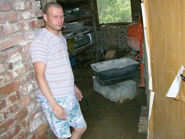 Voda napáchala v domech křenovických obyvatel už podruhé značné škody.