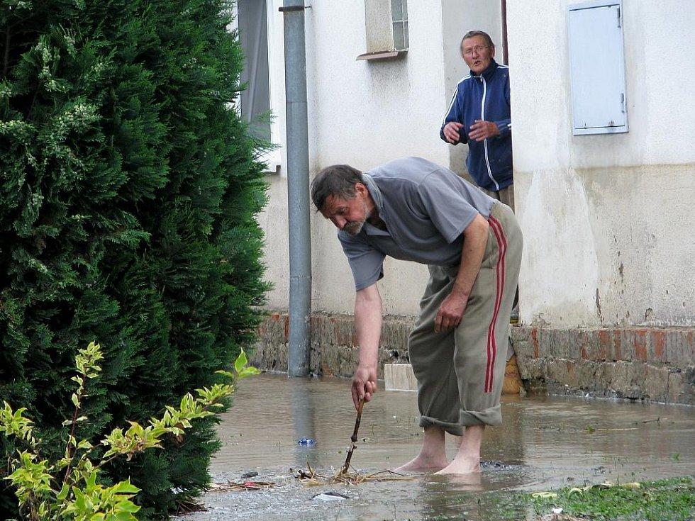 Po povodních v Bělotíně