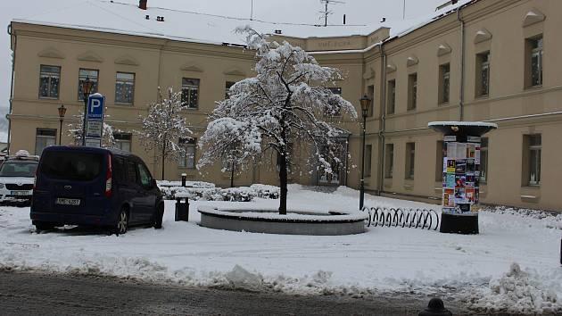 Školní náměstí v Hranicích