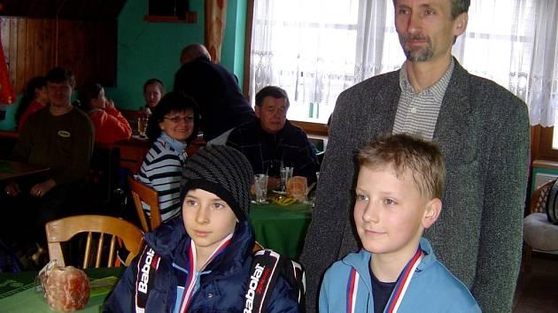 Tenisoví hráči klubu Tondach změřili své síly v turnaji.
