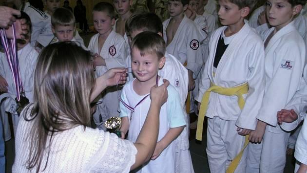 Hraničtí benjamínci přivezli z Veselí nad Moravou deset medailí.