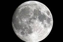 Z našich končin bude zákryt viditelný kolem páté hodiny ranní. Měsíc bude v úplňku.