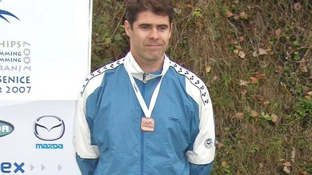 Přerovský plavec Rostislav Šlechta vybojoval ve Slovinsku na mistrovství Evropy pět medailí a zaznamenal čtyři nové české rekordy.