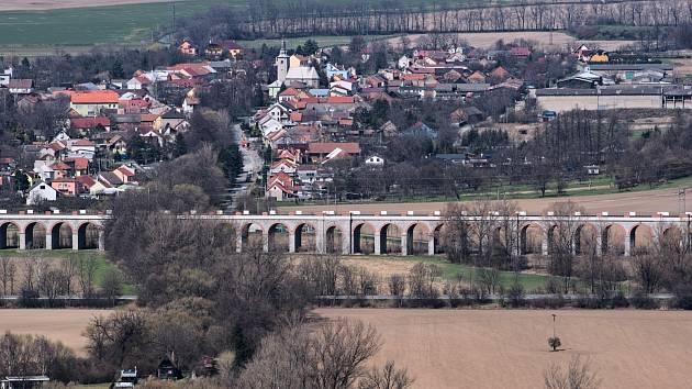 Hrad Helfštýn a okolí - Lipník nad Bečvou, Jezernice a viadukty.
