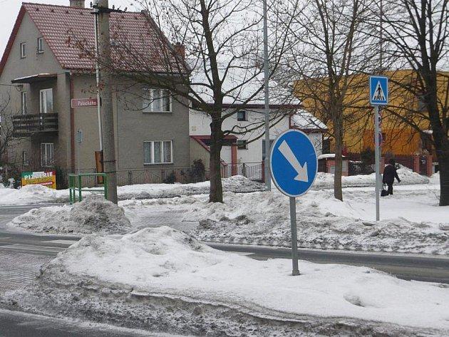 Křižovatka ulic Palackého a Zborovská