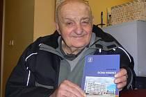 Jan Zohorna z Hranic prožil v závodu Sigma Hranice celých 42 let. Tato léta jej inspirovala k napsání publikace Sigma Hranice 1950 – 1989.