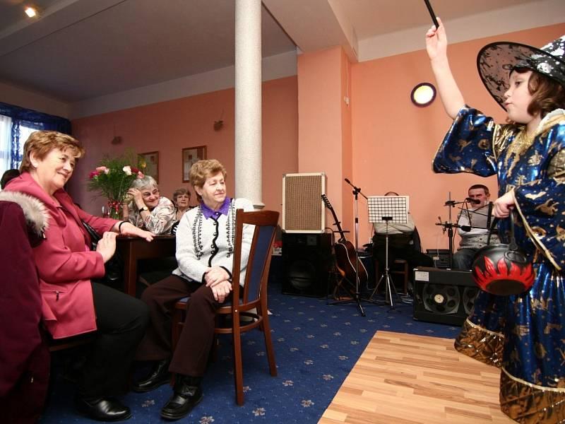 Ženy z Hranic slavily mezinárodní den žen.