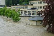 Povodně v lázních Teplice nad Bečvou v pondělí 17. května