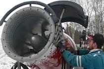 S největší pravděpodobností už o předvánočním víkendu spustí vlek v lyžařském areálu v Kladkách.