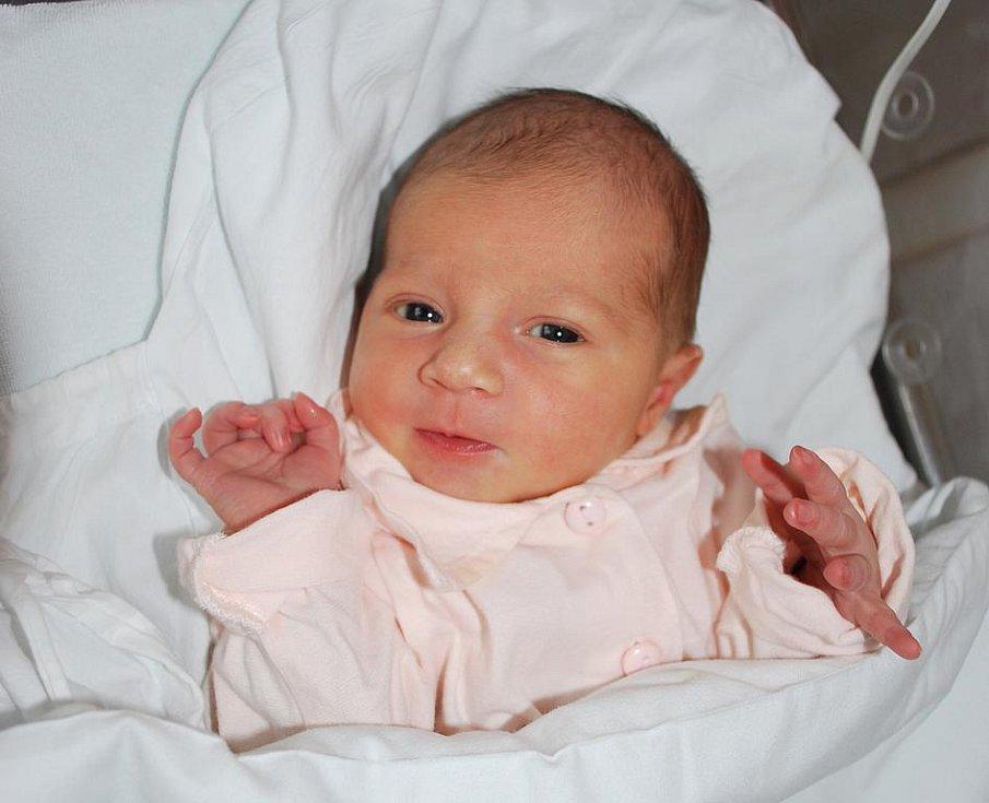 Barbora Zemanová, Kojetín, narozena 23. srpna 2010 v Přerově, míra 49 cm, váha 2 940 g