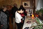 Výstavu Ludmily Šlosarové Cesta za poznáním odstartovala v Galerii M+M v pátek 20. ledna slavnostní vernisáž.