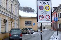 Hranická radnice přemýšlí, jak zařídit, aby řidiči dodržovali zákaz průjezdu náměstím