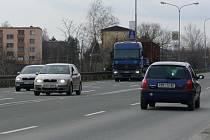 Hlavním zdrojem hluku v Hranicích je tranzitní automobilová doprava.