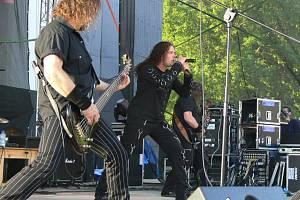 Skupina Arakain vystoupí na festivalu Benátská noc na Malé Skále.