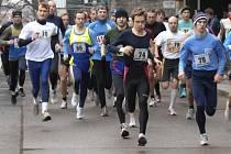 Ve čtyřdílném seriálu Náměšťského běžeckého poháru v kategoriích dospělých bojovalo jednadevadesát závodníků.