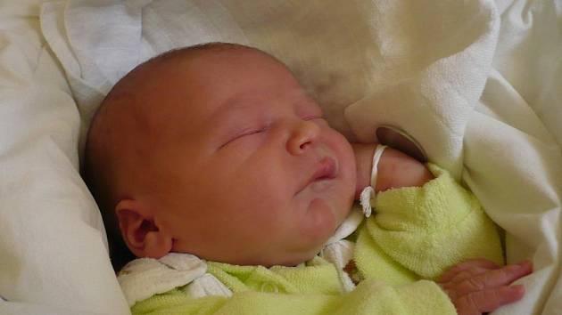 Tomáš Sommer, Hranice, narozen 18. srpna ve Zlíně, míra 52 cm, váha 3 700 g